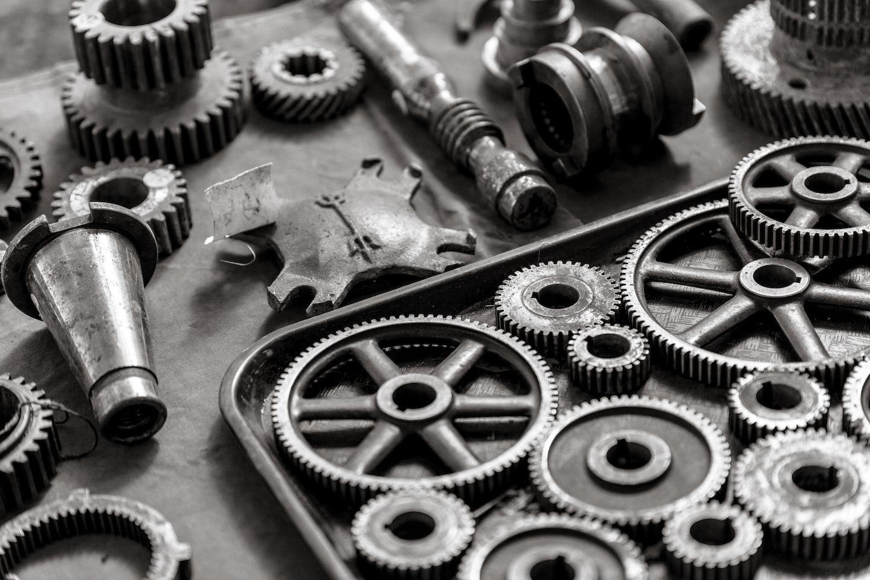 gears_1440x960_.jpeg