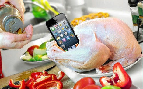 thanksgiving-technology.jpg